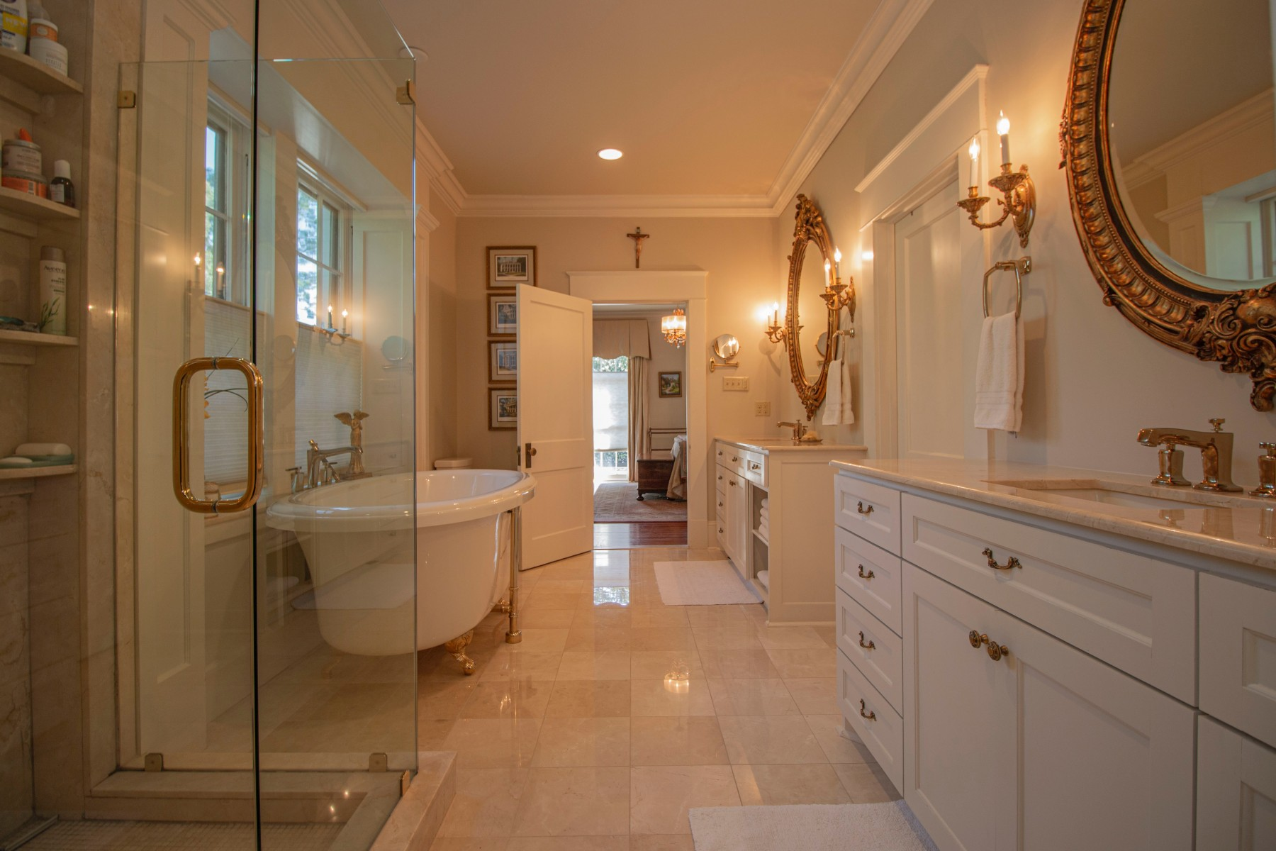 bathroom lighting - Tim Kyle
