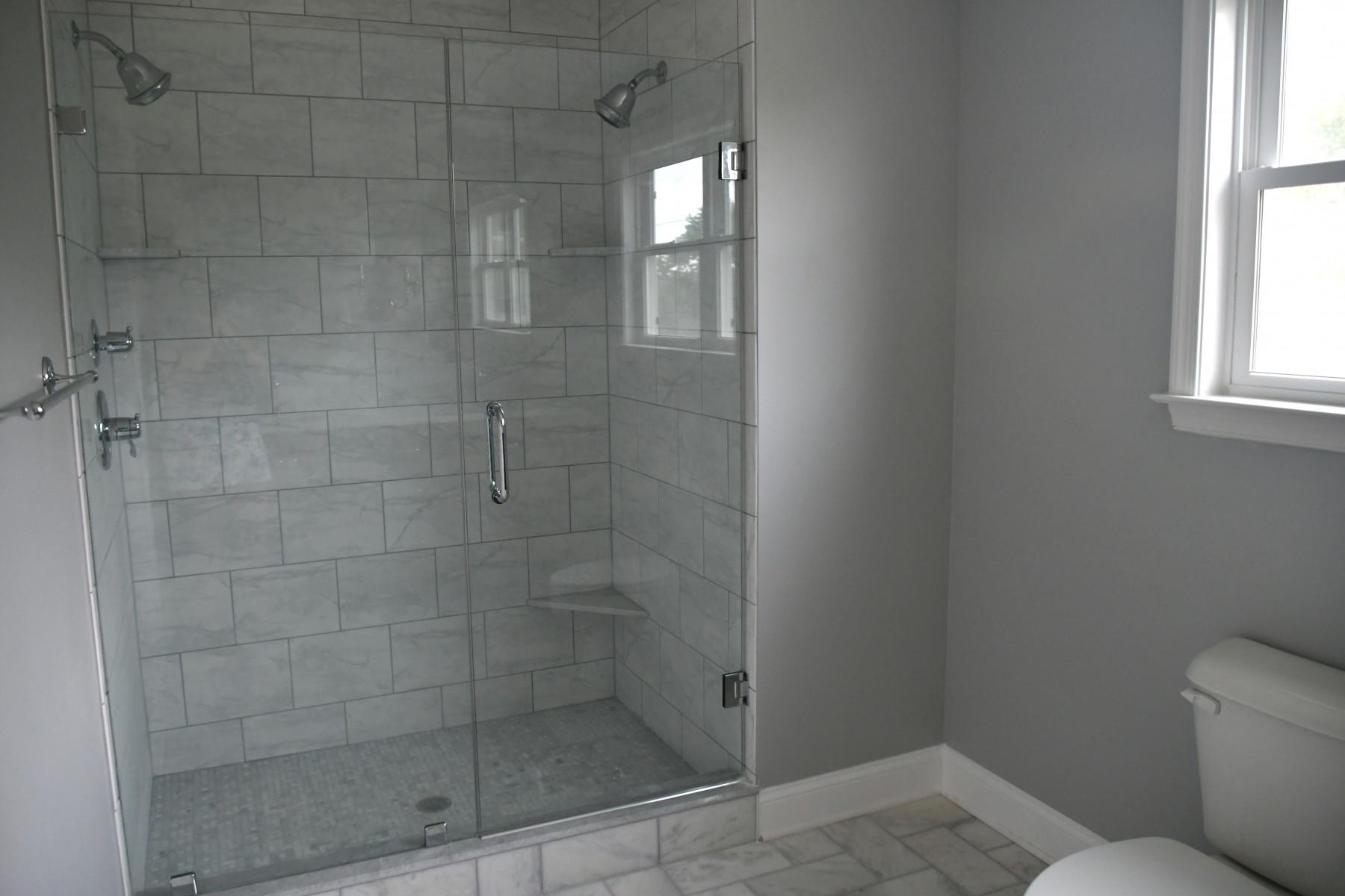 bathroom shower lighting - Tim Kyle