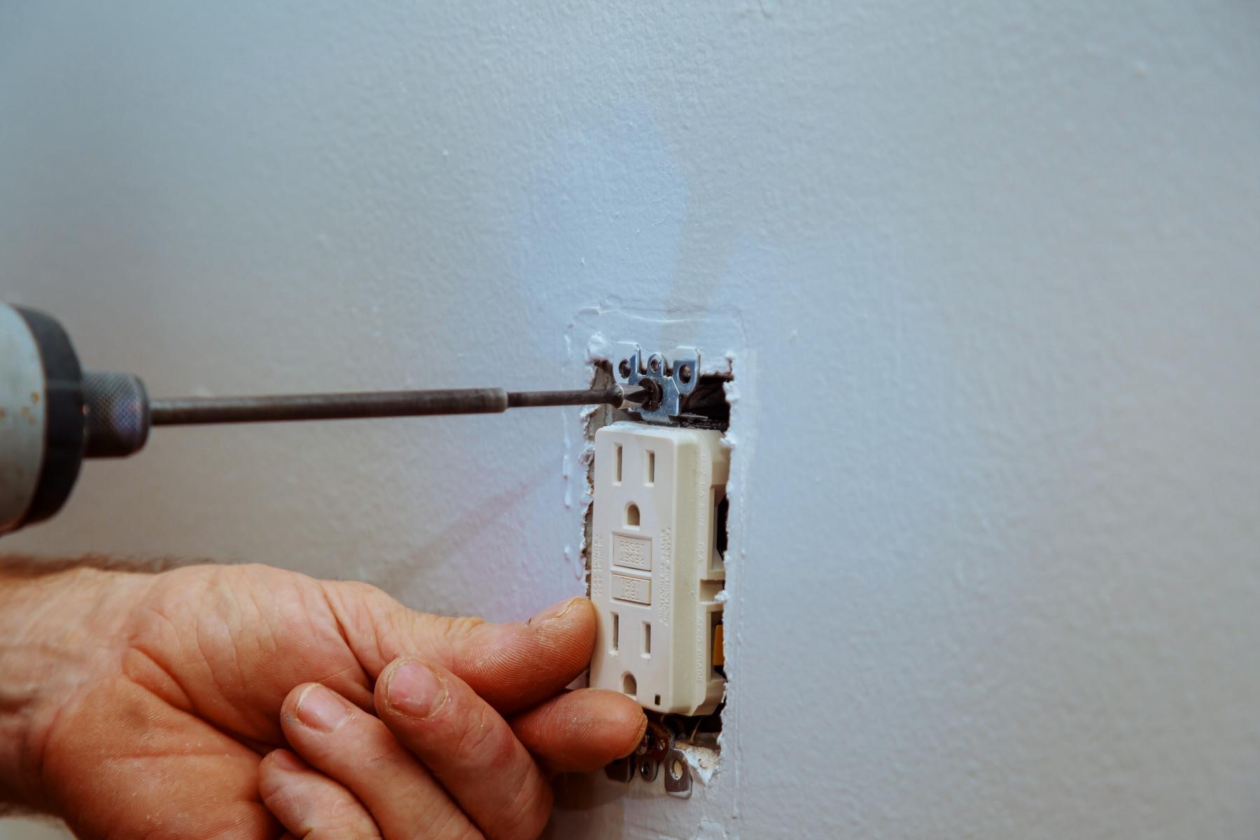 electrical repairs - Tim Kyle